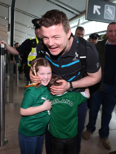 Ireland's Six Nations champions return home to a heroes' welcome