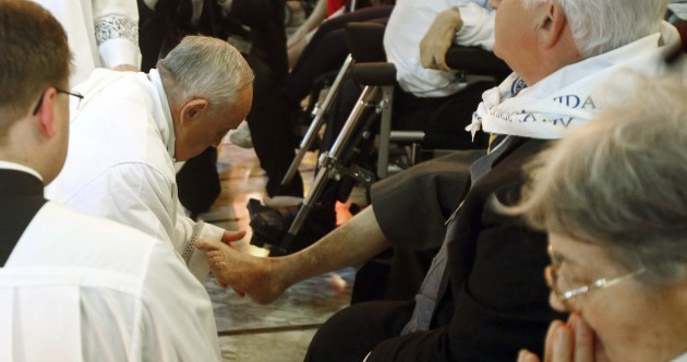 Pope Francis has been washing people's feet … again