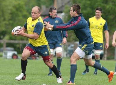 BJ Botha tries to out-pace Gerhard van den Heever in training (file photo).